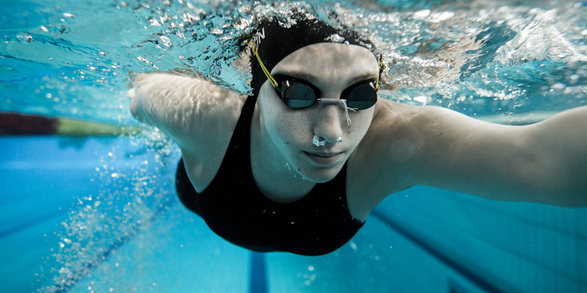 Konkoly Zsófia swimmer trains to the Paralympic in Rio 2016