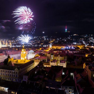 Tüzijáték Pécs felett 2019. január 1-én.